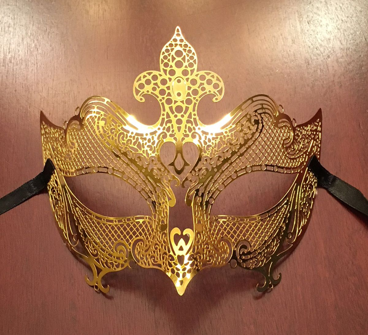 Natalia Metal Mask Gold