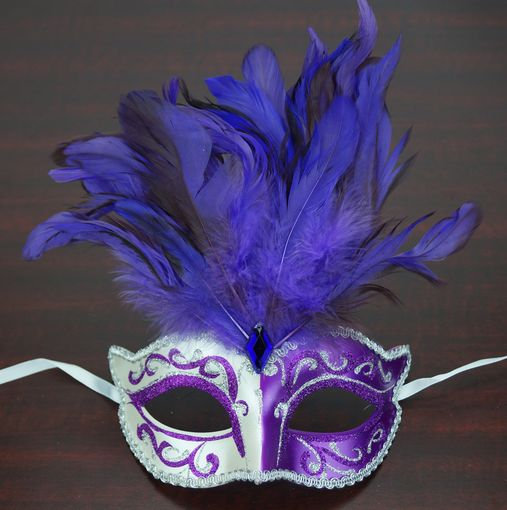 Patalone Feather Mask Purple