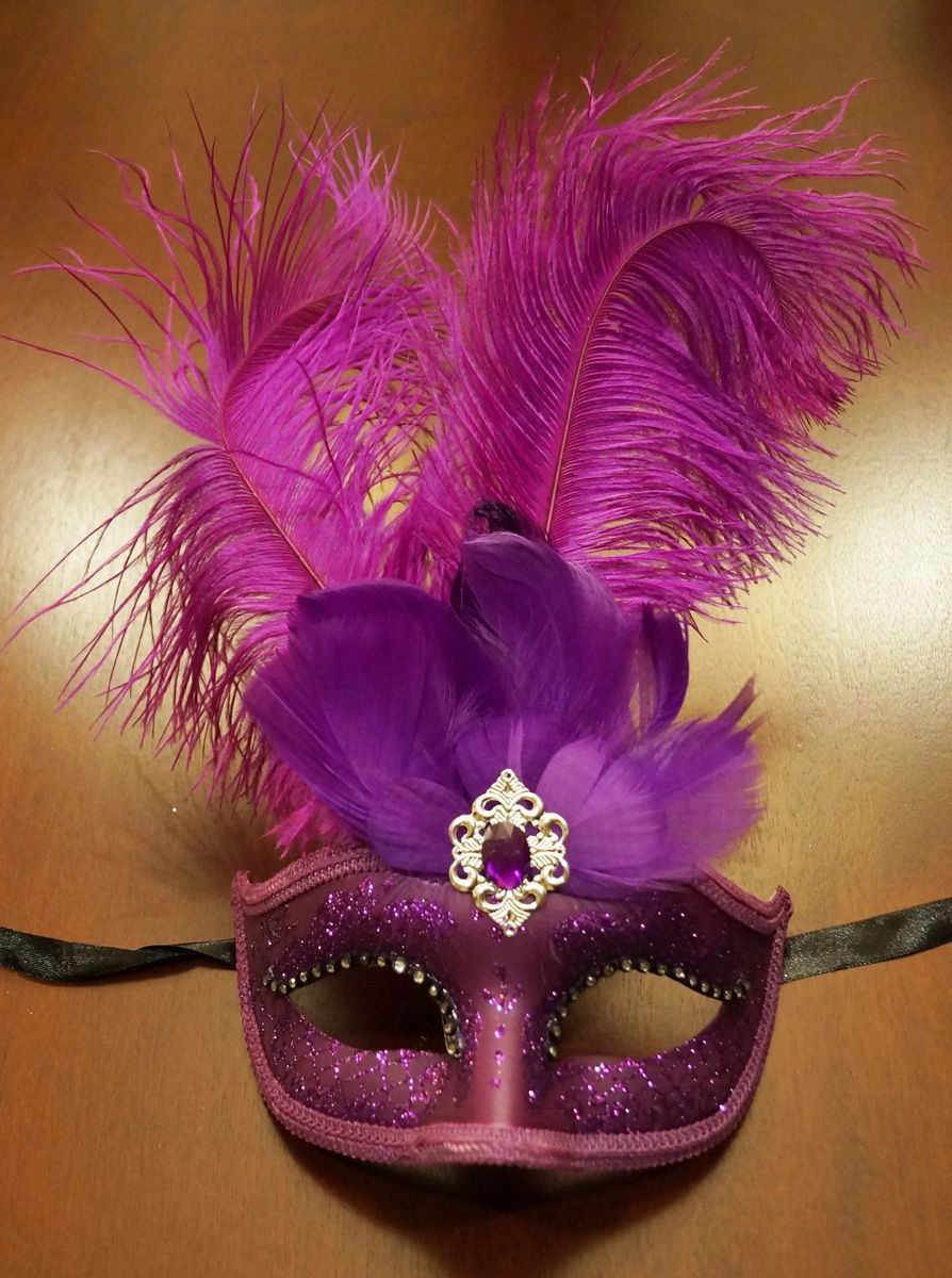 Purple Feather Masquerade Eye Mask With Feathers