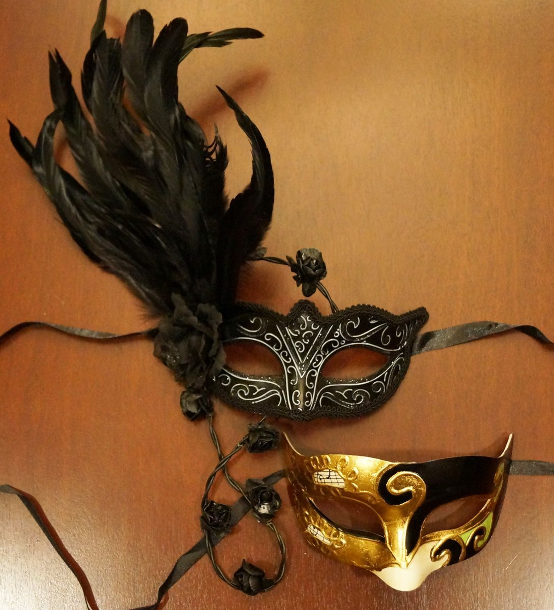 Raven Couples Mask Set