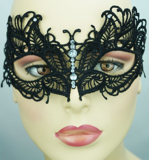 Saddie  Embroidered Masquerade Mask Black