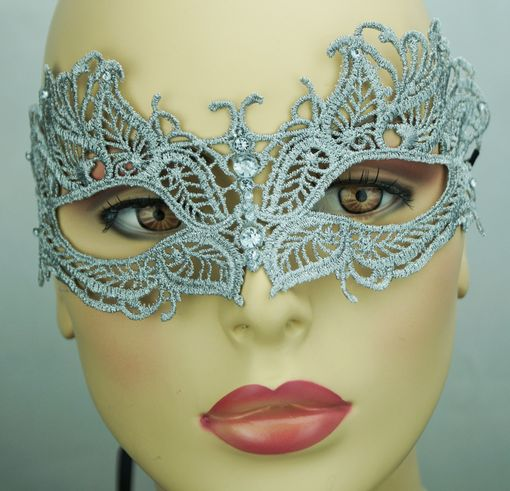 Saddie Embroidered Masquerade Mask Grey Silver