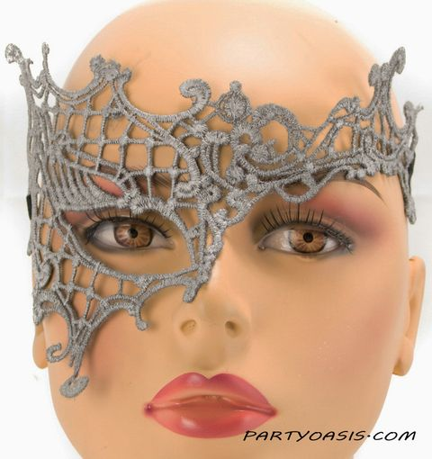 Sharee Embroidered Eye Mask Silver