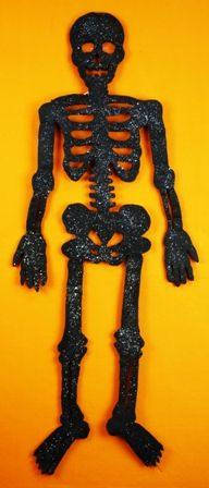Skeleton Halloween Decoration.  Size 48 Inches.