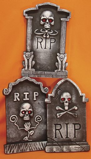 "Tombstones 15"" 3 pc set"