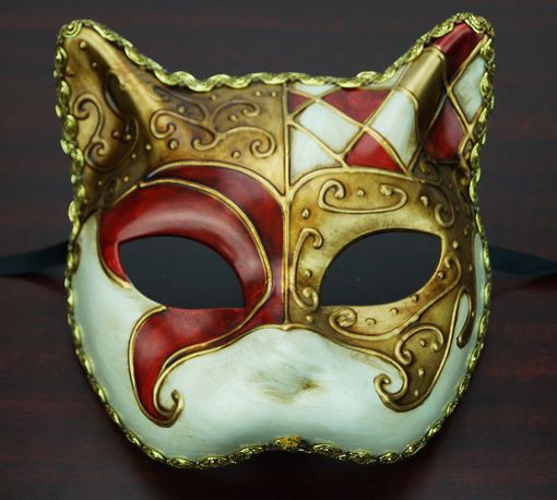 Traditional Venetian Cat Mask Red