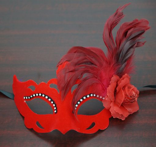 Velvet Venetian Eye Mask Red