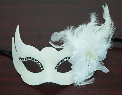 Velvet Venetian Eye Mask White