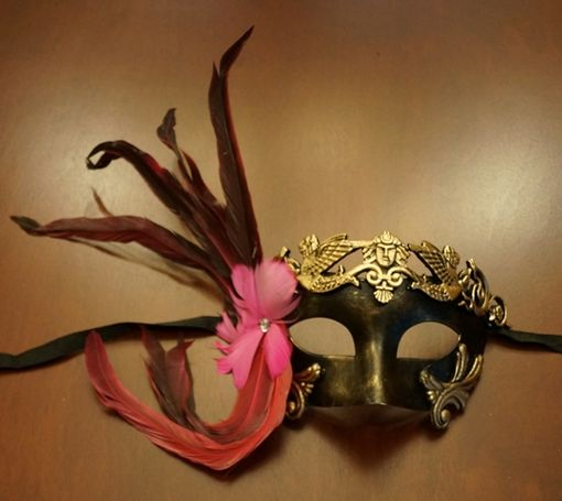 Venetian Mask with Pink Feather