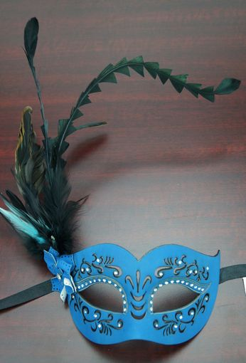 Veronica Feather Mask Blue