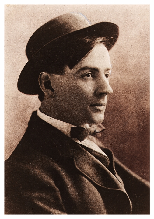 Photograph of Tom Thomson Postcard