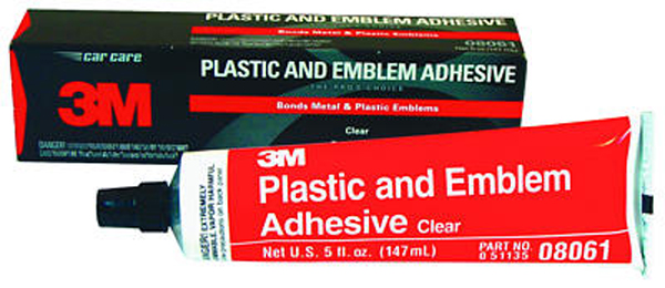 Image of 3M Clear Plastic and Emblem Adhesive (5 oz)