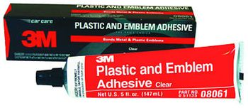 3M Clear Plastic and Emblem Adhesive (5 oz)