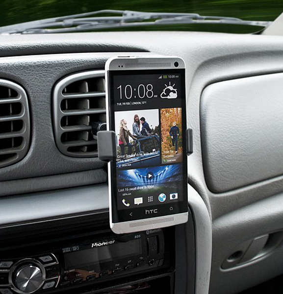 Image of Bracketron Mi-T Smartphone GPS & MP3 Air Vent Holder