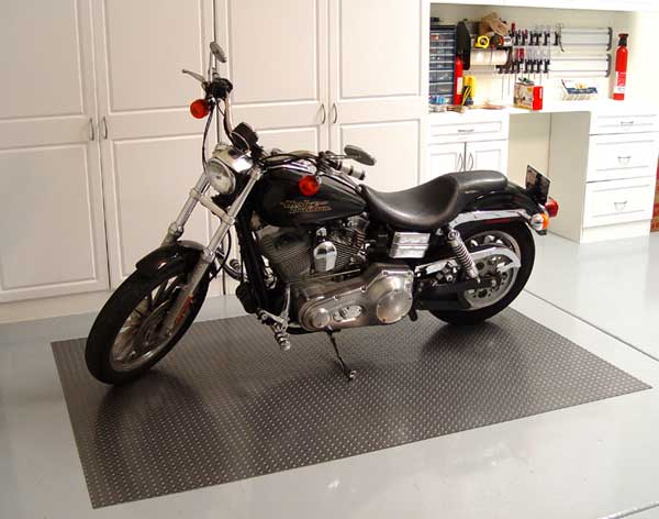 Image of Diamond Deck Rollout Flooring Motorcycle Mat