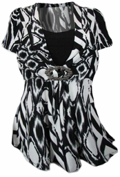 SOLD OUT!!!!NEW! Cute Black & White Slinky Plus Size Top with Buckle!