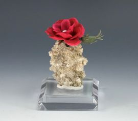 Fulgurite Lightning Sand Flower Vase Red Flower Pearl Accent NEW!