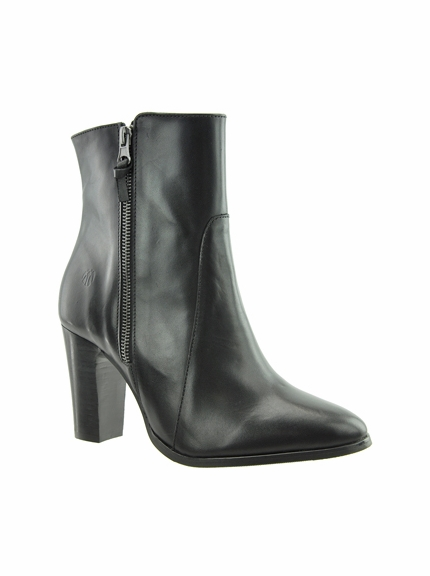 d2da75442181 Ryan Extra Wide Fit Ankle Bootie - FINAL SALE - Extra Wide Fit Ankle Boots