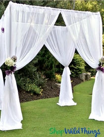 Pipe and Drape Backdrops & Column Risers