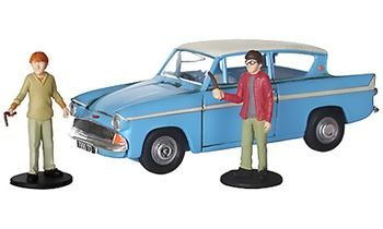 Harry Potter Flying Ford Anglia Model with Figures - Corgi CC99725 - click to enlarge