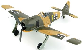 Fw 190A-4 Model, Luftwaffe, Erich Rudorffer - Hobby Master HA7425 - click to enlarge