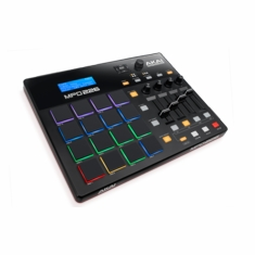 AKAI PRO MPD226 Feature-Packed, Highly Playable Pad Controller