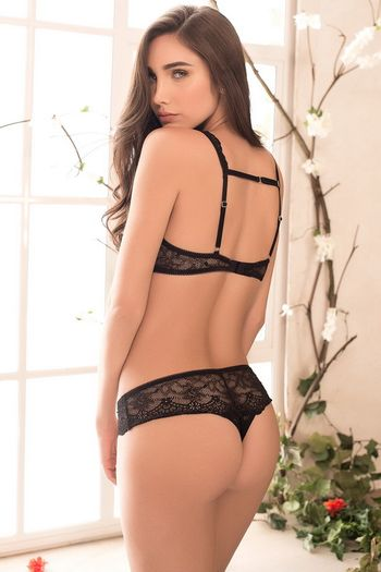 Black Lace Bra & Panty Set