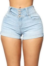 Light Deniem Rolled Jean Shorts