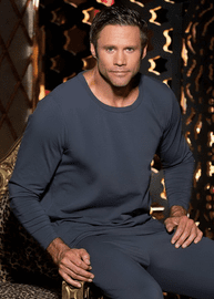 Mens Soft Knit Long-Sleeved Top