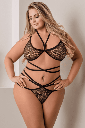 Plus Size Come To Me Strappy Bra & Thong Set