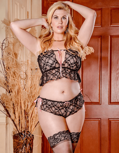 Plus Size Exposed Black Widow Sexy Set