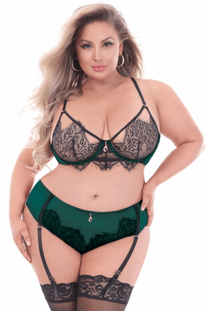 Plus Size Forever Mine Eyelash Lace & Mesh Bra Set