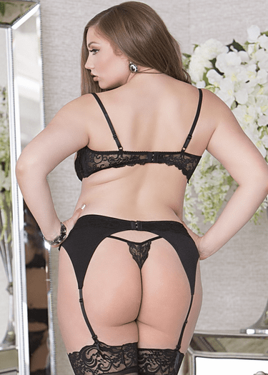 Plus Size Lace Triangle Garterbelt