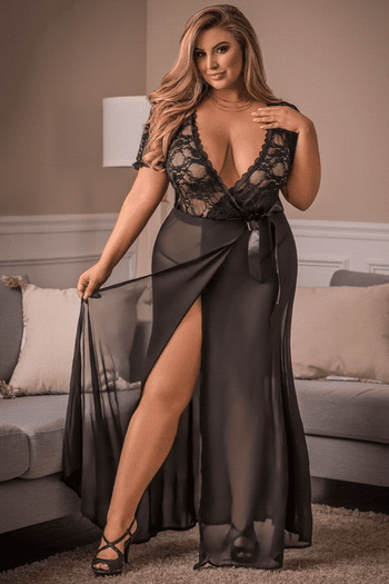Plus Size Lovely Lace Robe & G-String Set