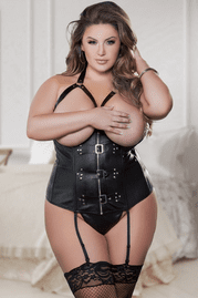Chubby girls in sexy lingerie