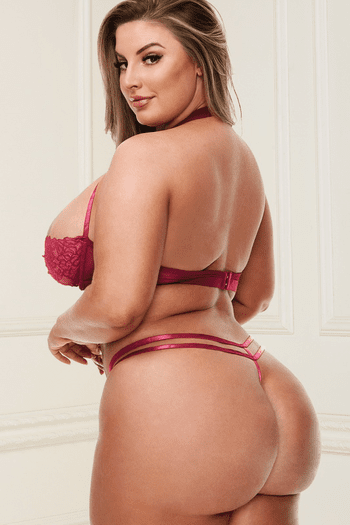 Plus Size Red Lace Bra & Strappy G-String Set