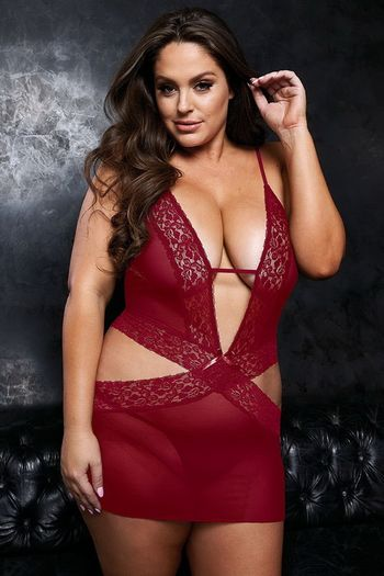 Plus Size VIP Wine Sexy Plunging Chemise & G-String Set