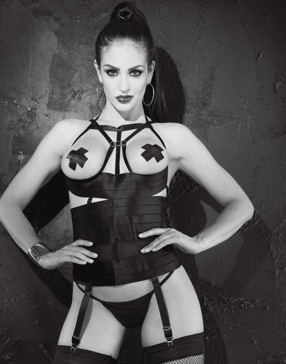 Powerful Diva Bustier, Pasties, & Thong Set