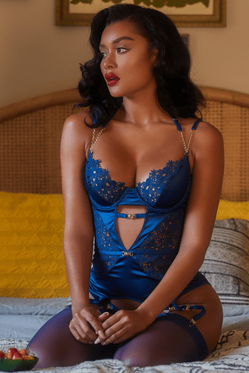 Sweet Talk Embroidery Bustier & G-String