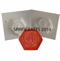 """QUEEN BEE SOAP MOLD (2 SIDED, 3"""" DIA, 4 oz)"""