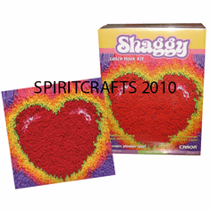 "SHAGGY GLOWING HEART LATCH HOOK RUG KIT (12"" DIA)"