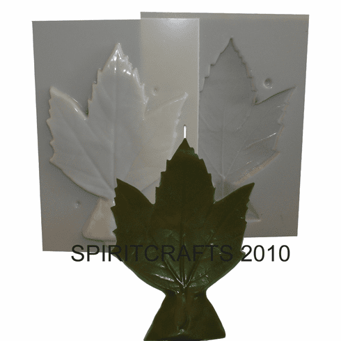 "STANDING MAPLE LEAF CANDLE MOLD (7.5"" HT, 7 oz)"