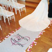 Embracing Hearts Aisle Runner - Click to enlarge