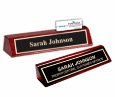 Name Plates Engraving Trophy