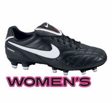 Women's Soccer Shoes / Soccer Cleats