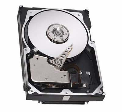 01K8503 IBM 18.2GB 10000RPM Ultra Wide SCSI 80-Pin 3.5-inch Internal Hard Drive for Netfinity