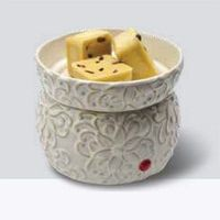 Ivory Scroll Wax Melter with Dish