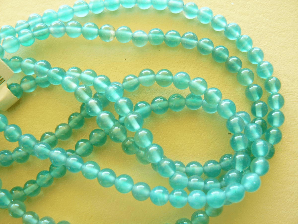 """Agate Green round 4mm Beads 16"""" strands"""