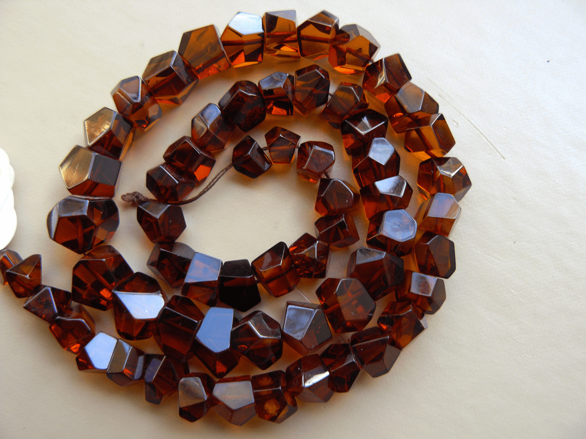 """Baltic Cherry Amber nuggets 6 to 12 mm 17"""" strands"""
