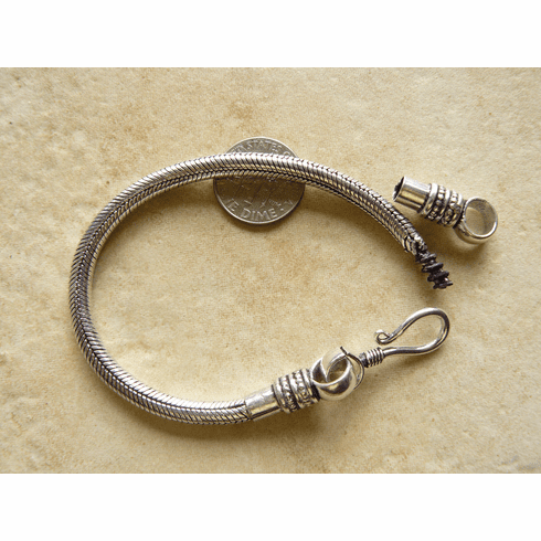 Bracelet with removable end for large hole beads Hypo-allergenic